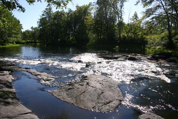 Listen to the sound of the Skootamatta Rapids